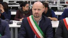 """Il sindaco di Bibbiano: """"In poche ore trasformato in orco"""""""