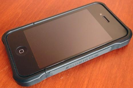 Element Case Formula 4 covers your iPhone 4 in style