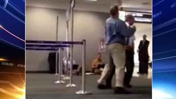 Allegedly drunk passenger hits pilot at Dulles Airport