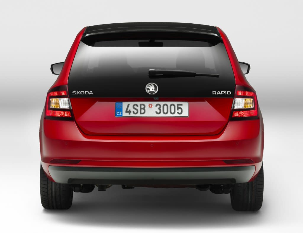 對手再添一名!新SKODA Rapid叫戰VW Golf