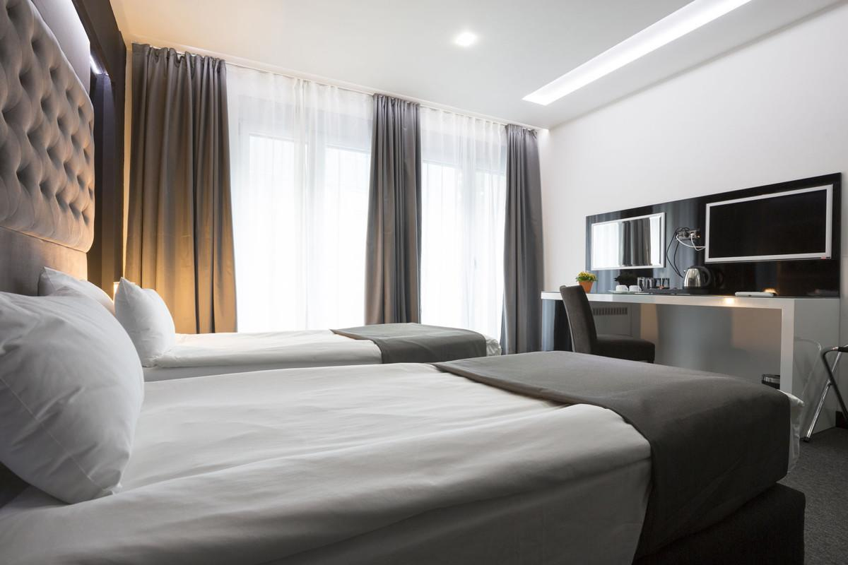 Think your hotel room s heater is ignoring you you re probably right - Matelas dunlopillo trendy room 24 ...