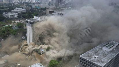 Five killed in 24-hour Philippine hotel blaze