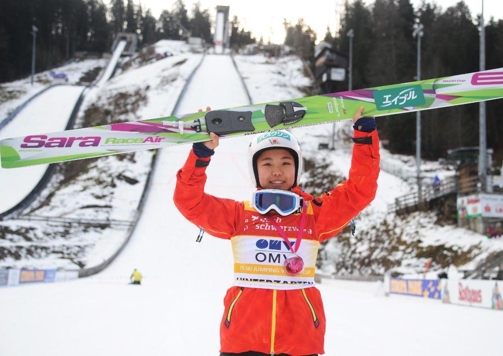 6 weeks to Sochi & 1st women's ski jumping event