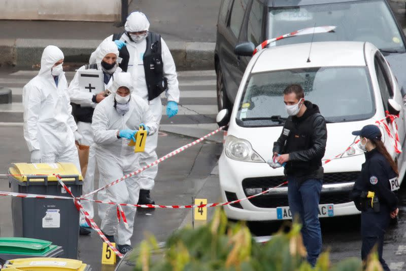 Paris knife attack suspect says he was targeting Charlie Hebdo - police source