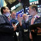 S&P 500 dips as healthcare declines counter tech gains