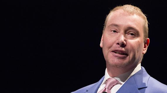 Gundlach: Stimulus pay morphing into universal income