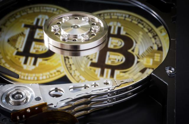 Irish court orders accused Silk Road admin's extradition to US