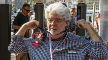 George Lucas kicks off with autograph hunters