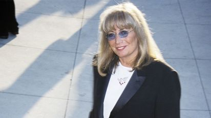 Penny Marshall, 'Laverne & Shirley' star, dies at 75