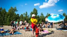 Environment Canada predicts hot, sunny summer for Toronto in 2018