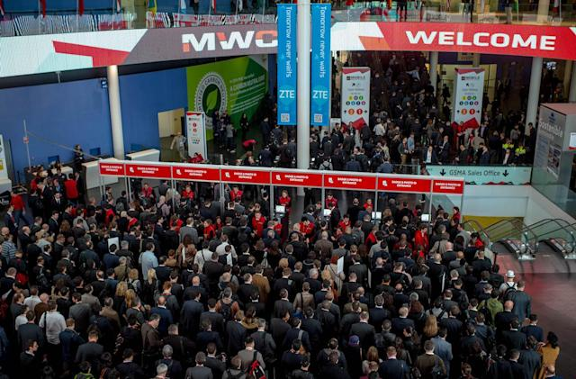 We're live from MWC 2016 in Barcelona!