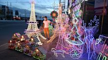 Filipinos Nix Christmas Gifts, Netflix in Worst Regional Slump