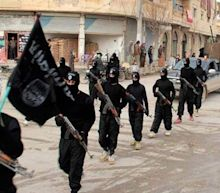 Nearly a third of all weapons used by Isil on the battlefield were manufactured in EU, report claims