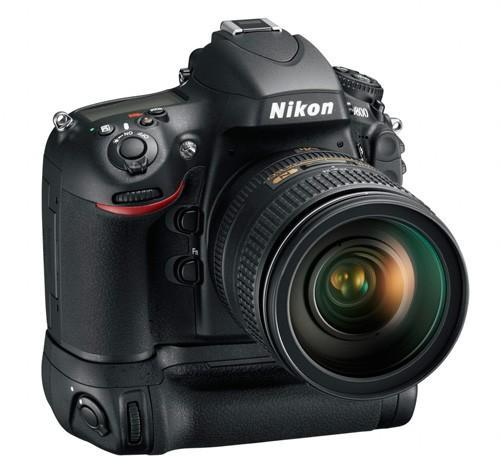 Nikon D800 slips out for an early bird preview, to be officially unveiled tomorrow?
