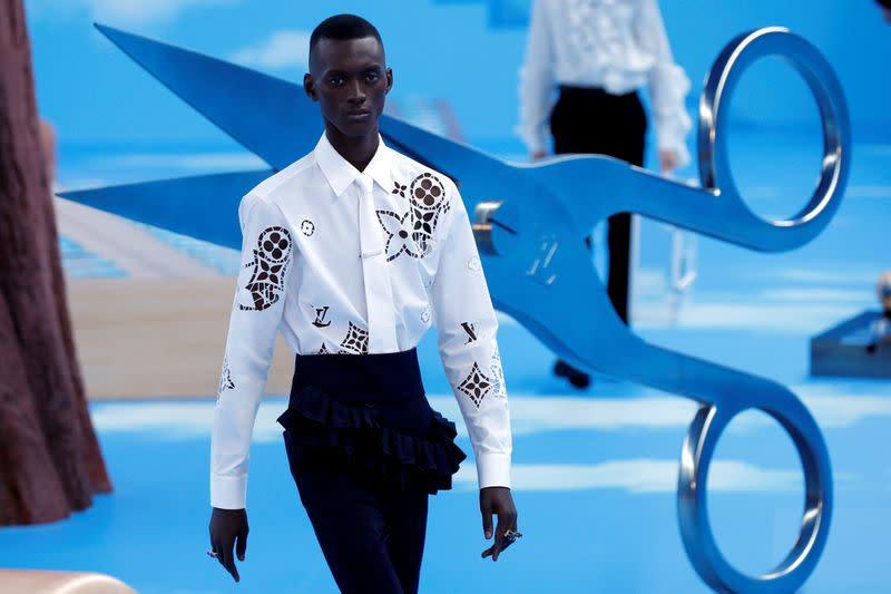 FILE PHOTO: Men's Fashion Week in Paris