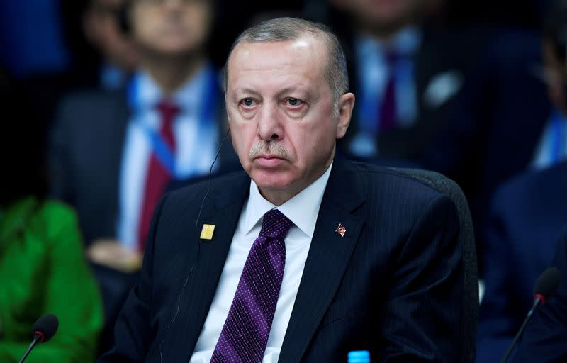 Peter Handke receives Nobel Literature Prize amid protest