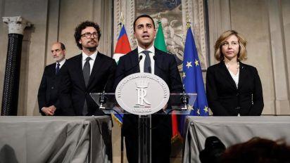 Lega und 5-Sterne einigen sich auf Regierungschef, bekommen aber Druck aus der EU