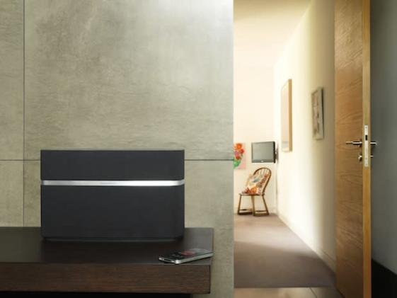 Bowers & Wilkins intros classy A7 and A5 AirPlay speakers, leaves out the 30-pin dock