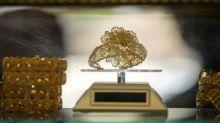 El oro alcanza su nivel más alto en seis años