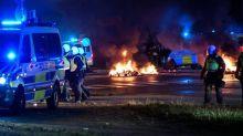 Suède: plusieurs policiers blessés après des incidents liés à un Coran brûlé