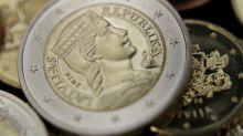 El euro baja a 1,1234 dólares en Fráncfort