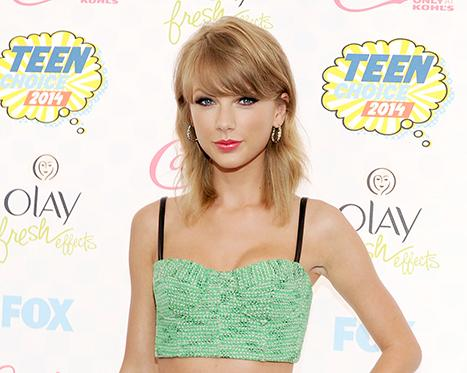 Taylor Swift Teases 1989 Album With New Song Lyrics, Hints