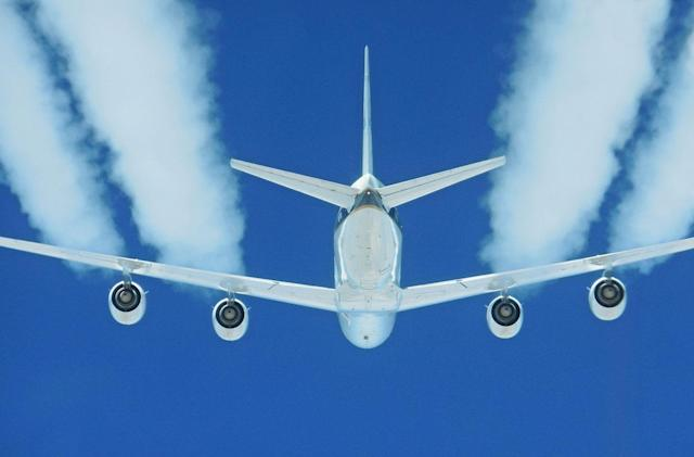 NASA finds biofuels make air travel 70 percent greener