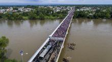Marcha de migrantes hondurenhos consegue chegar ao México em ida até EUA