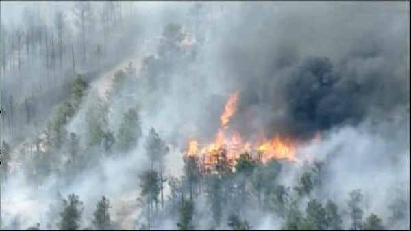 Firefighters advance on Colorado wildfire