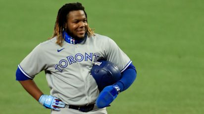 Vlad Jr. lost HOW much weight in offseason?