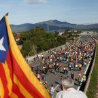 Destination Barcelona: separatists begin 100km 'freedom march'