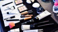 只愛買不愛用的女生注意!你知道過了期的化妝品會變怎樣嗎?或許會嚇怕你!