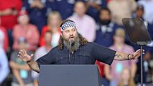 Donald Trump mocks Jane Fonda and gets praise from 'Duck Dynasty' stars at campaign rally