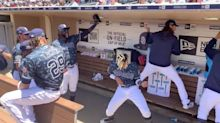 San Diego Padres Players Rock Out To Smash Mouth In Dugout