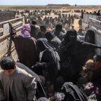 Thousands believed still inside last IS pocket: Syria force