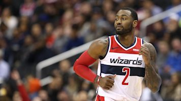 Wizards stage huge comeback after boos