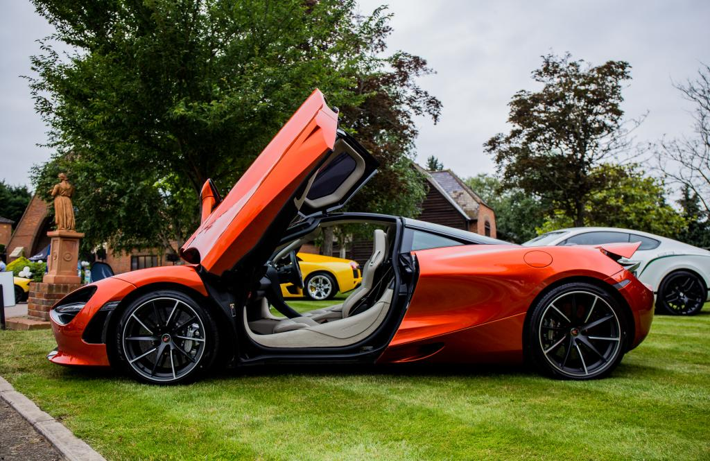 Virginia Man Totals $300,000 Sports Car 1 Day After Buying It