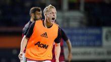 """""""Hätten 7:1 verlieren müssen!"""" Van de Beeks Berater pöbelt gegen United"""