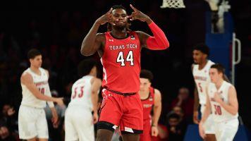 No. 1 falls again: Texas Tech stuns Louisville