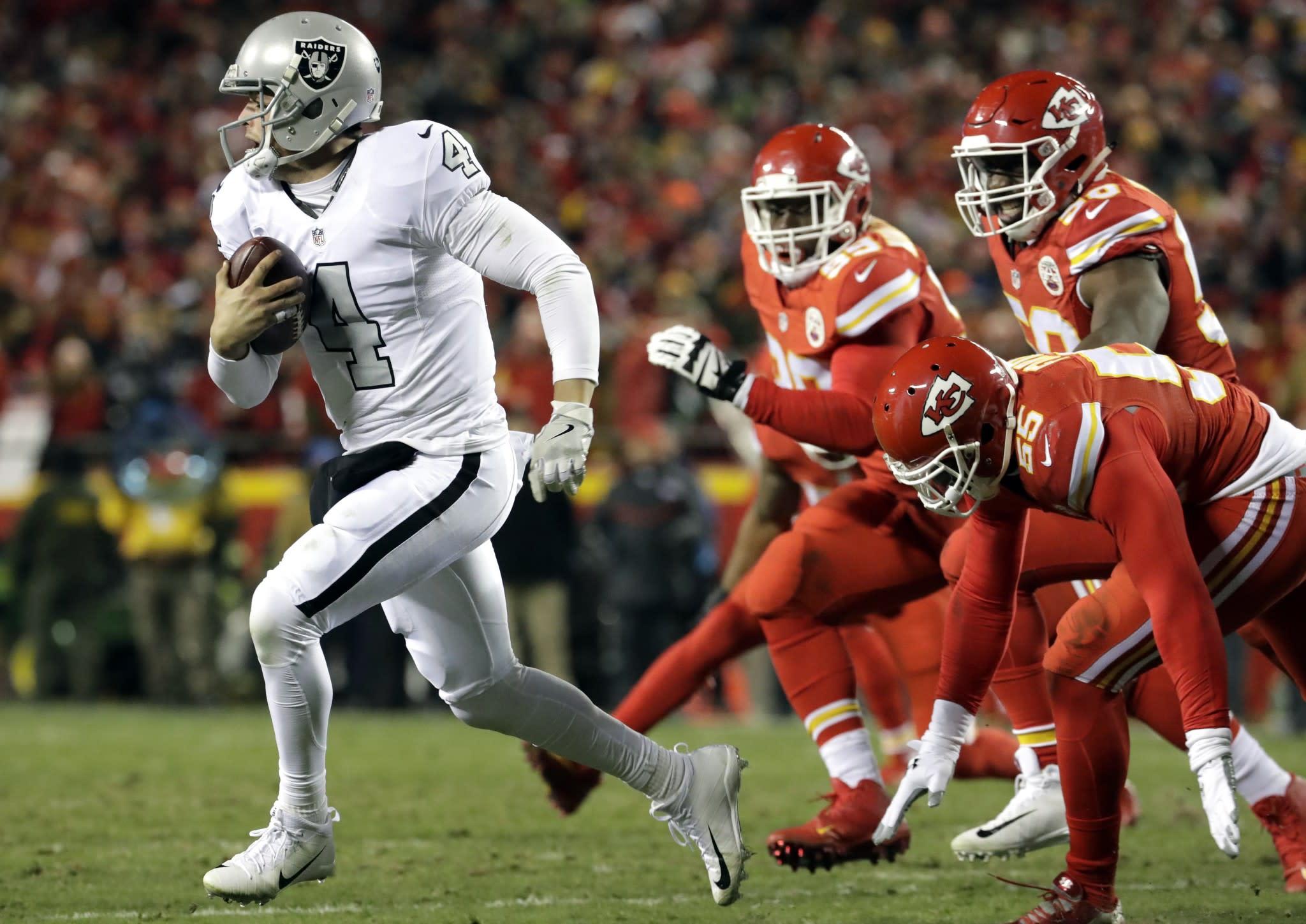 Derek Carr struggles loses MVP momentum in Raiders disappointing