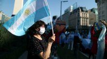 PIB argentino sofre queda histórica de 19,1% no 2º tri