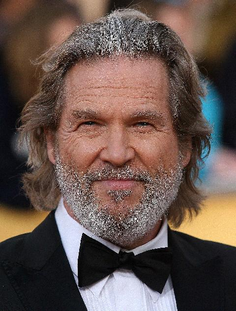 Jeff Bridges cements p...