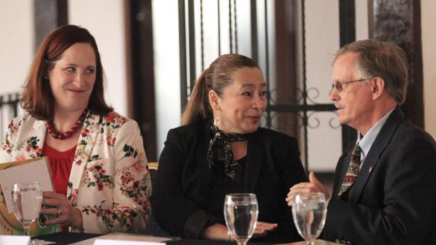 Honduras y el BM firman un crédito por 30 millones de dólares para programas sociales