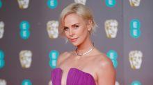 Charlize Theron exquisita en los BAFTA con este Dior
