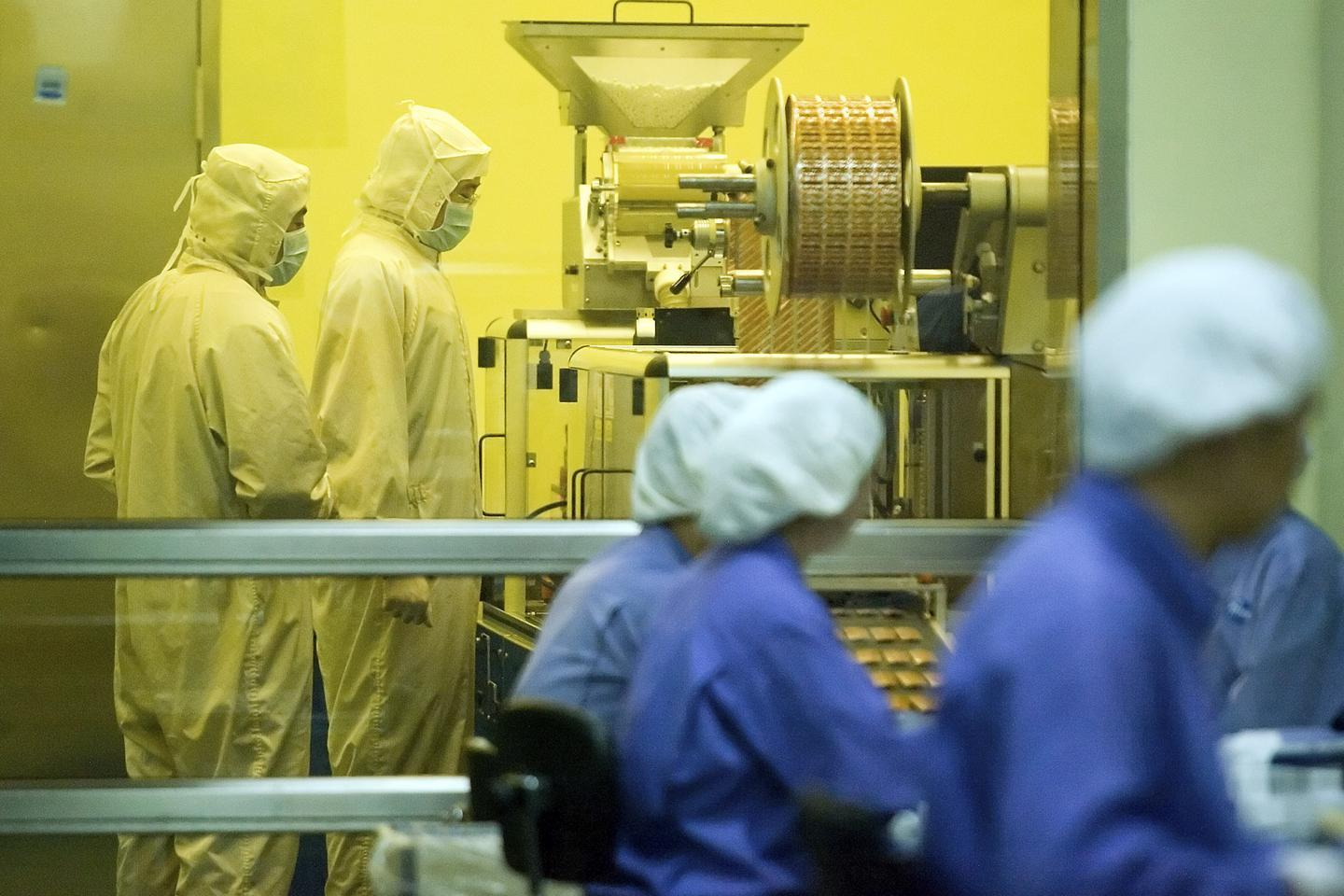 Pfizer to build $500M facility in Sanford, create hundreds of jobs