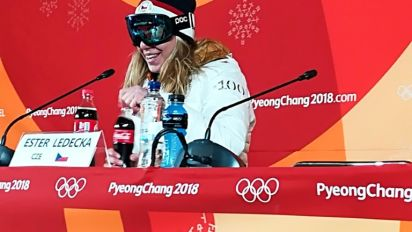 'Miracle on snow' Ledecka gets green light over goggles