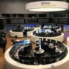Oil plummets on global demand concerns; U.S. stocks end lower