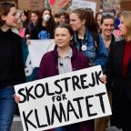 Swedish teenager brings climate action campaign to France