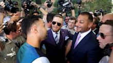 Conor McGregor, Paulie Malignaggi have heated confrontation at grand arrivals