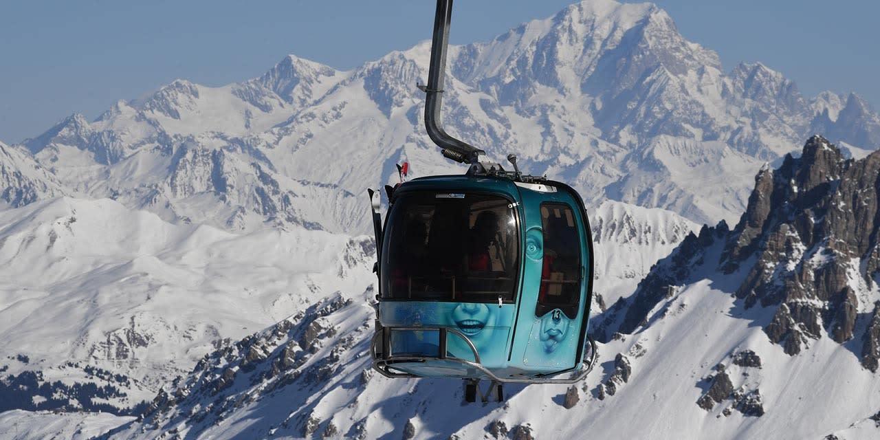 """Stations de ski : """"impossible d'envisager une ouverture pour les fêtes"""""""